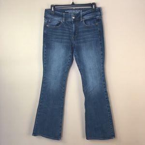 American Eagle Kick Boot Denim Jeans 6 Short